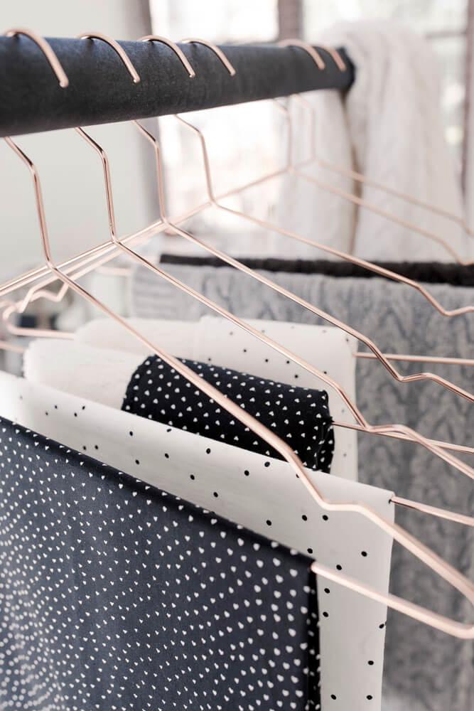 dekens aan hangers