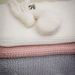 Mies & Co baby lifestyle Soft knitted blanket baby crib offwhite deken wieg wit gebreid