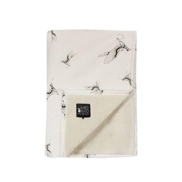 Mies & Co Soft teddy blanket Cloud Dancers peuter wit ledikant deken zacht met kolibrie vogels